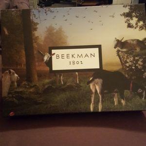 FREE gift w/ purchase beekman 1802 bounty box